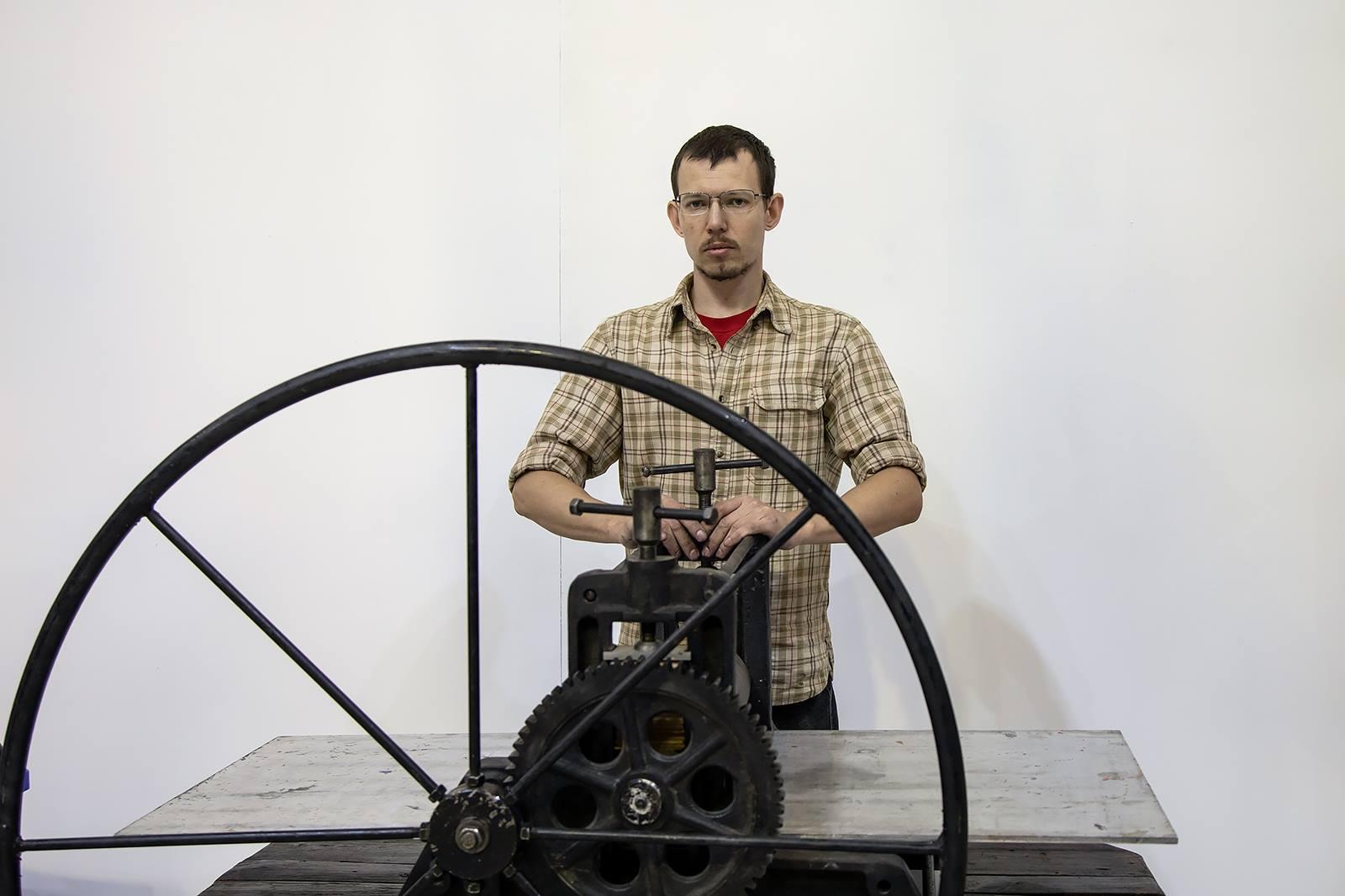 Персональная выставка линогравюр Дениса Булавинцева